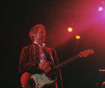 Peter Tork on tour w/ The Monkees 2001